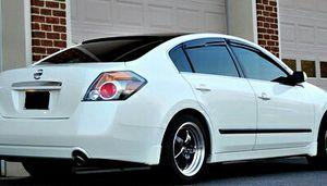 2OO8 Nissan Altima 4 dr sedan for Sale in Denver, CO