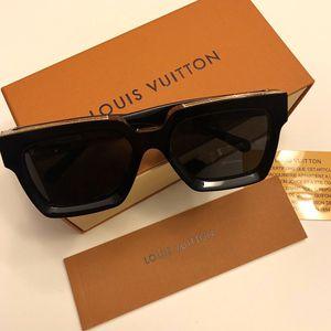 Unisex black Millionaire Sunglasses ! New w/box . No Trades ! for Sale in Silver Spring, MD