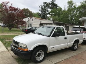2002 CHEVY S10 for Sale in Silver Spring, MD
