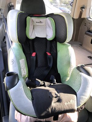 Evenflo car seat for Sale in Rowland Heights, CA
