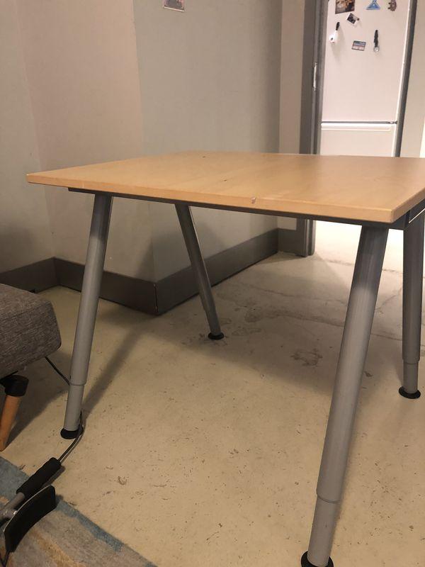 Wooden Desk with Metal Legs