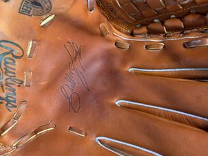 Baseball glove for Sale in Bowie, MD