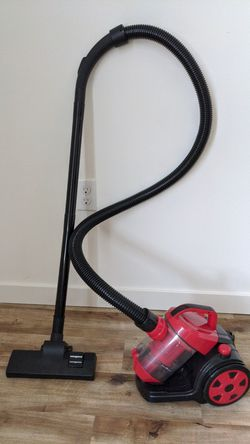 Bagless Canister Cyclonic Vacuum Cleaner for Sale in Seattle,  WA