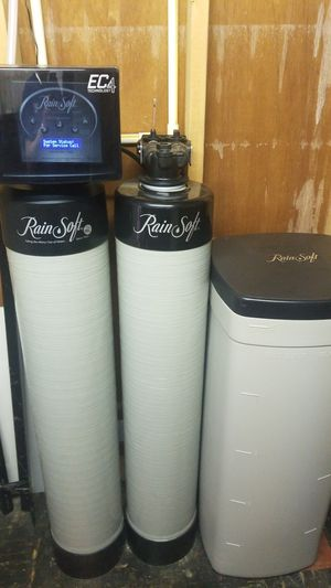 Water softener with a water fountain for Sale in Linden, NJ