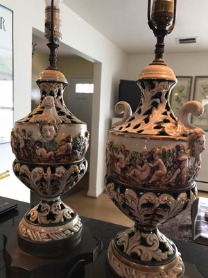 Stunning Capodimonte cherub porcelain lamp set for Sale in Silver Spring, MD