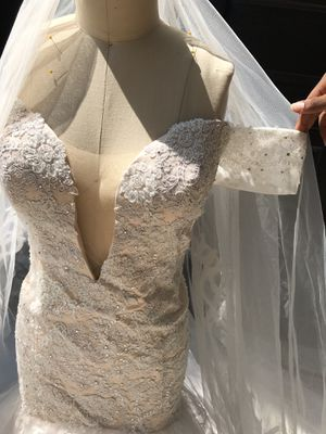 Wedding dress size 16w for Sale in MONTGOMRY VLG, MD