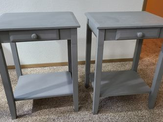 Two Night Stands for Sale in Mountlake Terrace,  WA