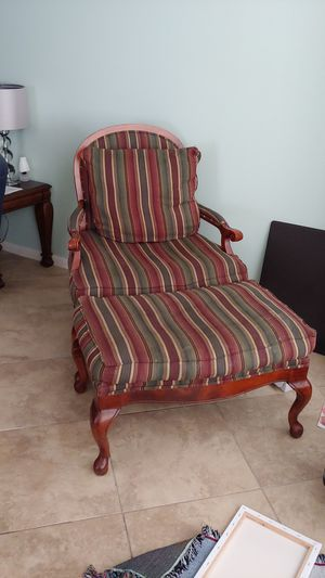 Chair with ottoman for Sale in West Palm Beach, FL