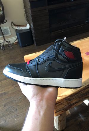 Air Jordan 1 Black gym red sz 5.5y for Sale in Chicago, IL