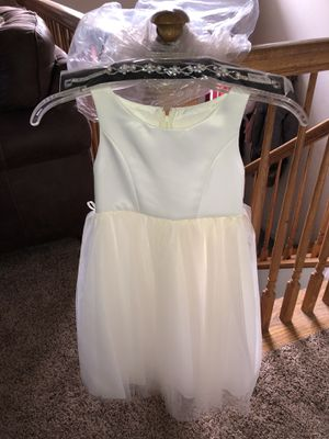 Flower girl dress and belt for Sale in Arnold, MO