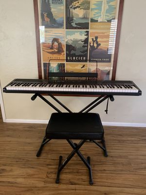 Alesia Recital Keyboard with stand and bench for Sale in Scottsdale, AZ