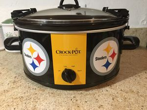 Steelers Crock Pot Tailgaters latch down top for Sale in Winchester, VA