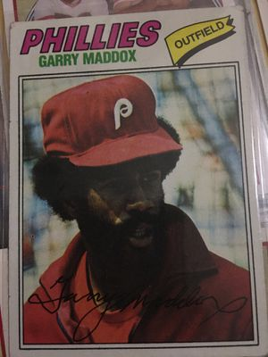 Baseball card Garry Maddox autographed 1977 for Sale in Norwalk, CA