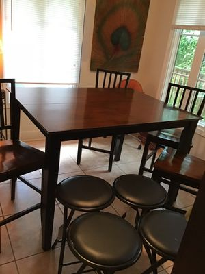 Barstool Table for Sale in Clearwater, FL