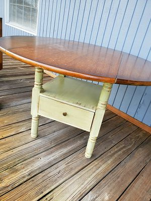 Rustic farmhouse drop leaf dining table for Sale in Davie, FL