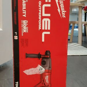 Milwaukee M18 Fuel SDS Plus D-Handle Rotary Hammer 2713-20 TOOL ONLY for Sale in Chicago, IL