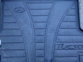 OEM Hyundai Tucson Cargo Trunk Floor Mat LKQ for Sale in Charlotte,  NC