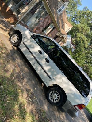 200 ford windstar van for sale everything good ac work ready to go for Sale in Richmond, VA