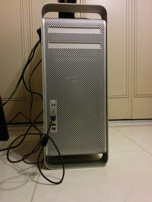 Negotiable! Rescued Mac Pro 2006 For Parts for Sale in Union Park, FL
