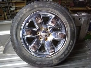 20 inch factory GMC wheel and tire for Sale in Abilene, TX