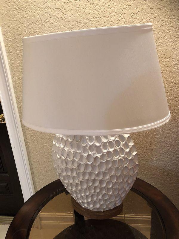Scallop lamp