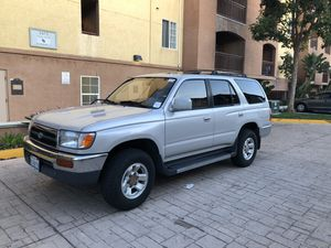 1996 TOYOTA 4RUNNER CLEAN TITLE for Sale in San Diego, CA