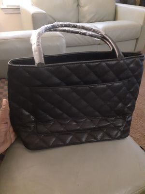 Authentic Chanel bag *Brand New* for Sale in Atlanta, GA