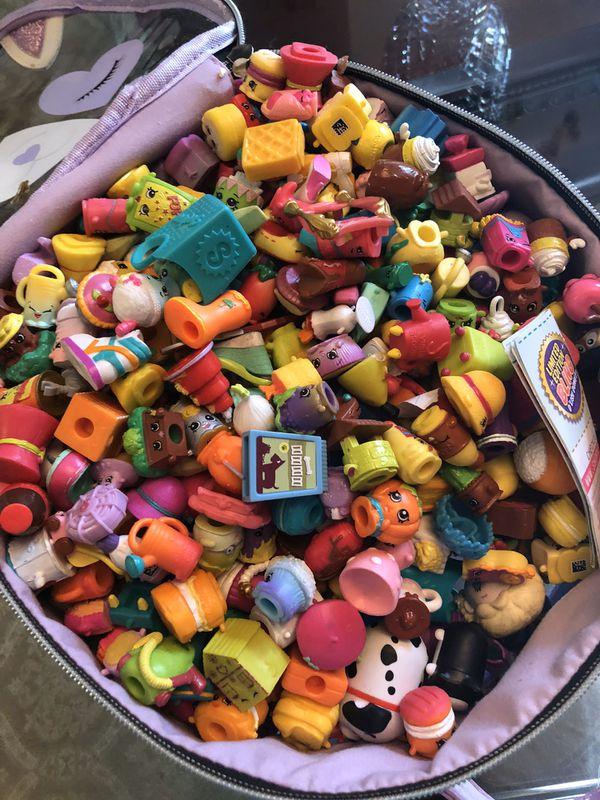 Shopkin 100 pieces plus basket