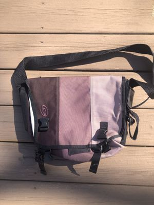 Timbuktu X-Small Classic Messenger Bag for Sale in St. Charles, IL