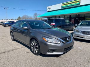 2017 Nissan Altima for Sale in Norfolk, VA
