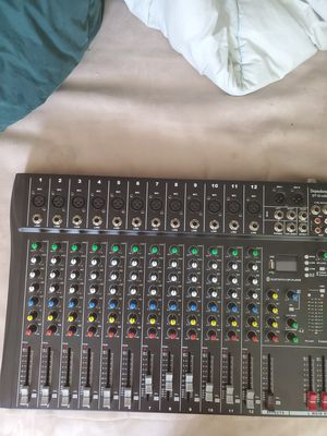 Dj mixer 12 channel buletooth comes with all wires for Sale in Palo Alto, CA