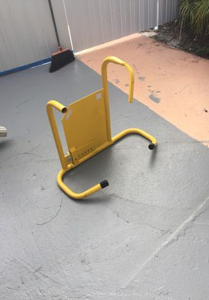 Heavy duty up to 16 inches wheel lock for trailers!! for Sale in Miami, FL