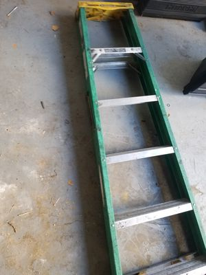 Ladder 6 ft green for Sale in Turlock, CA
