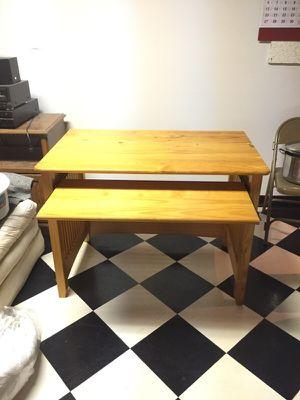 Desktop desk for Sale in Beltsville, MD