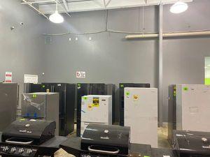 Refrigerator liquidation sale 😯😯😯 BV for Sale in Webster, TX