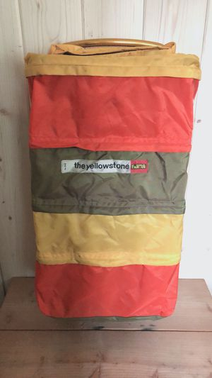 WORLD FAMOUS THE YELLOWSTONE Vintage Daypack Backpack for Sale in Irvine, CA