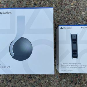 Sony Pulse 3D Wireless Headset AND DualSense Charging Station HD for Sale in San Jose, CA