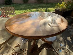 "60"" Hard wood kitchen table for Sale in Scottsdale, AZ"