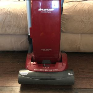 Vacuum With HEPA Filtration for Sale in Reynoldsburg, OH