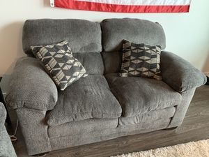 Super comfy fabric couch + loveseat! for Sale in Nashville, TN