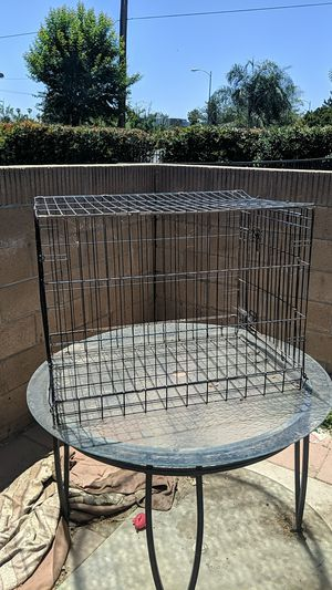 Dog kennel crate large for Sale in Hemet, CA
