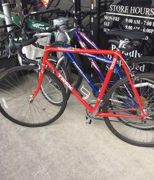 Trek road bike 1500 for Sale in Mesquite, TX