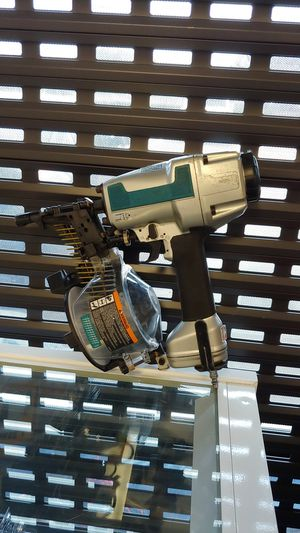 Makita Coil Nail Gun AN611 for Sale in Houston, TX