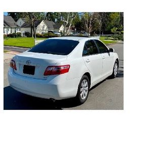 White 2009 Toyota Camry XLE for Sale in Richardson, TX