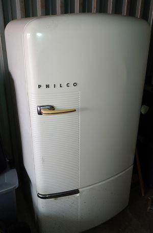 Philco antique refrigerator for Sale in Virginia Beach, VA