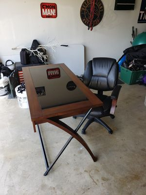 Computer desk and leather chair for Sale in Burleson, TX