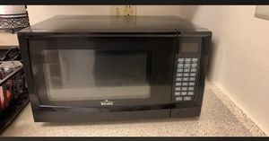 Microwave for Sale in Frederick, MD