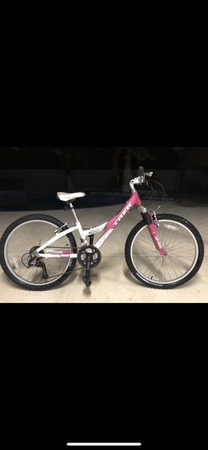 Trek mountain bike. for Sale in South Miami, FL