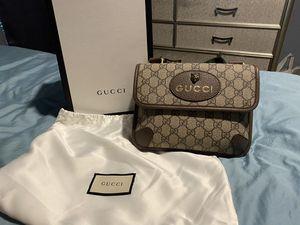 Gucci GG Supreme Small Messenger Bag for Sale in Missouri City, TX
