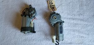 1999 - 04 jeep grand Cherokee parts ww motors arms and more heater blower motor more thanks for Sale in Milford, CT